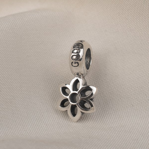 GOOD ART HLYWD Cut Out Rosette Size A - Sterling Silver